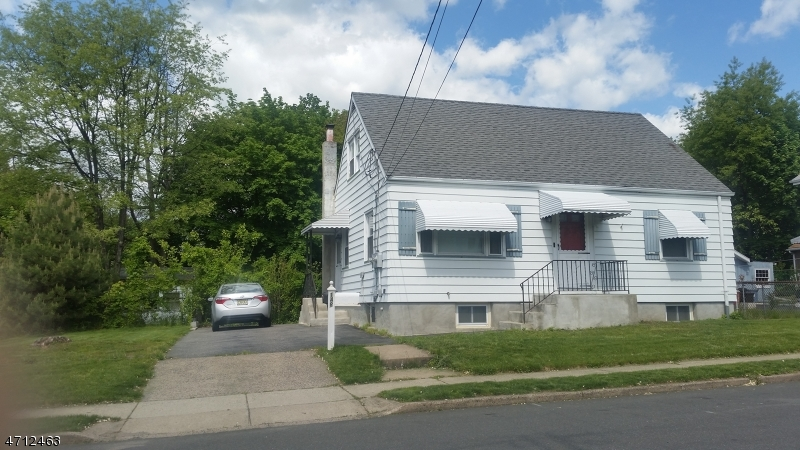 Single Family Home for Rent at 148 Passaic Avenue Hawthorne, New Jersey 07506 United States