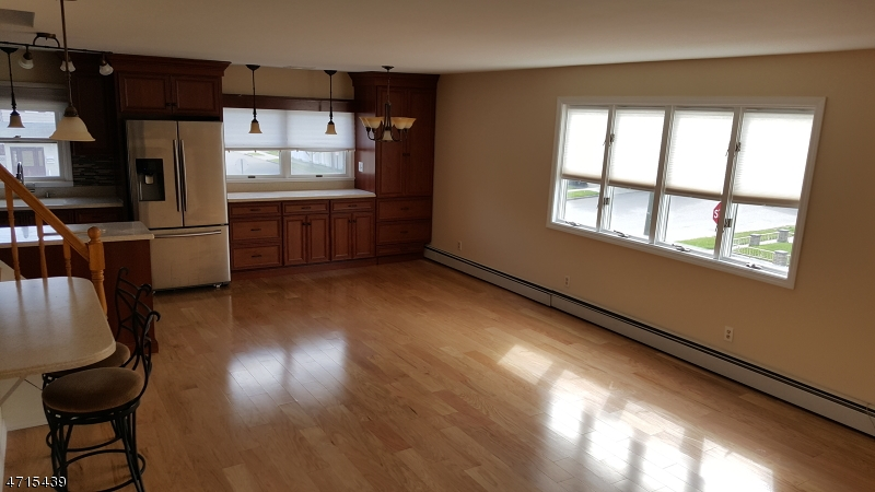 Single Family Home for Rent at 701 Teneyck Ave Unit 2 Lyndhurst, New Jersey 07071 United States