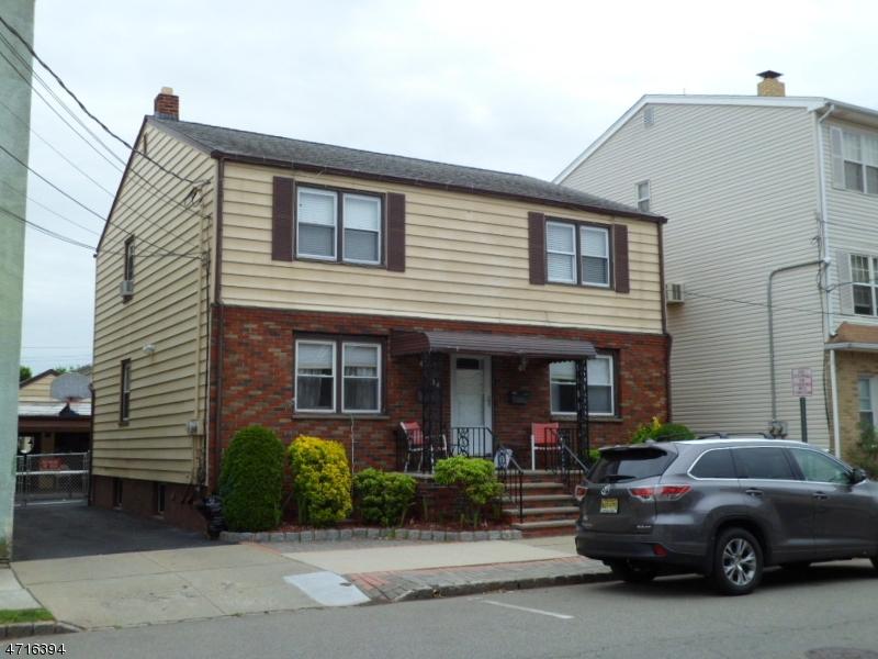 Частный односемейный дом для того Аренда на 16-18 NAPLES Avenue Belleville, Нью-Джерси 07109 Соединенные Штаты
