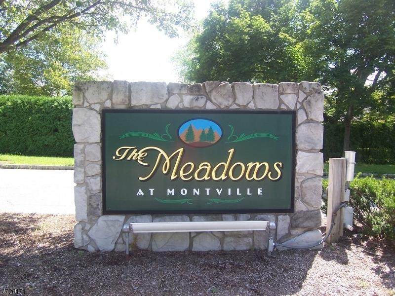 Maison unifamiliale pour l à louer à 10 Madison Court Montville, New Jersey 07045 États-Unis