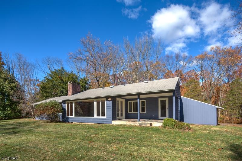 Additional photo for property listing at 310 Old Dutch Road  Bedminster, Нью-Джерси 07921 Соединенные Штаты