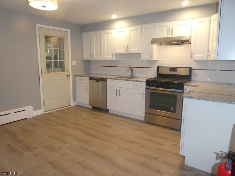 Single Family Home for Rent at 10 Hill Street Bernardsville, New Jersey 07924 United States