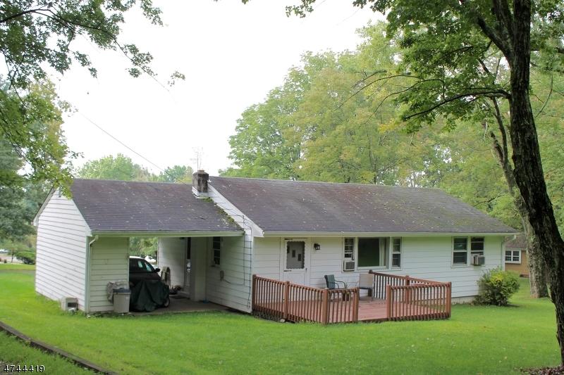 Casa Unifamiliar por un Venta en 12 Woodland Ter High Bridge, Nueva Jersey 08829 Estados Unidos