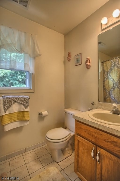 Additional photo for property listing at 10 LAKEVILLE Road  Vernon, New Jersey 07461 United States