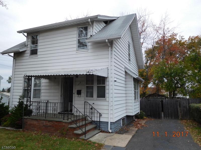 Частный односемейный дом для того Продажа на 113 Franklin Avenue Saddle Brook, Нью-Джерси 07663 Соединенные Штаты