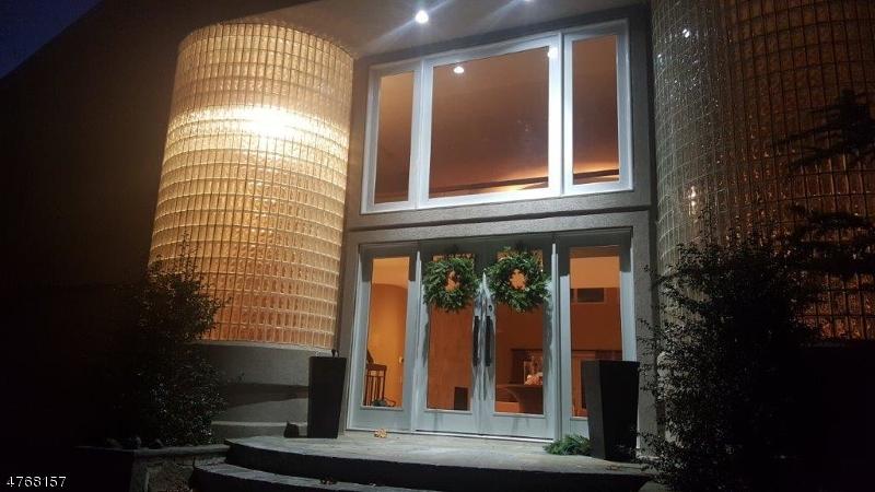 Property por un Venta en 822 W Shore Drive Kinnelon, Nueva Jersey 07405 Estados Unidos