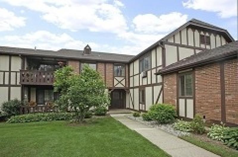 独户住宅 为 销售 在 19D KENSINGTON Road 查塔姆, 新泽西州 07928 美国