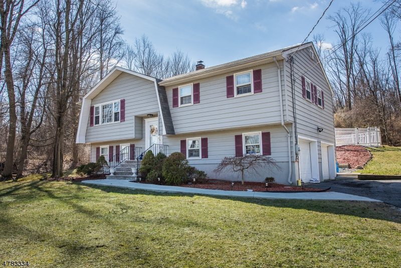 Single Family Home for Rent at 179A Pine Brook Road Montville, New Jersey 07045 United States