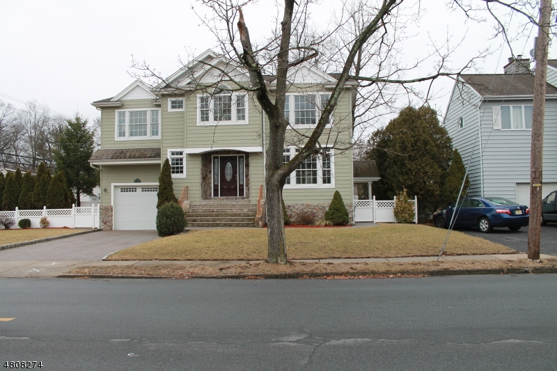 Single Family Home for Sale at 312 BALDWIN Avenue New Milford, New Jersey 07646 United States