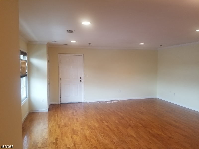 Condo / Townhouse for Rent at 429 BROADWAY UNIT 6 Passaic, New Jersey 07055 United States