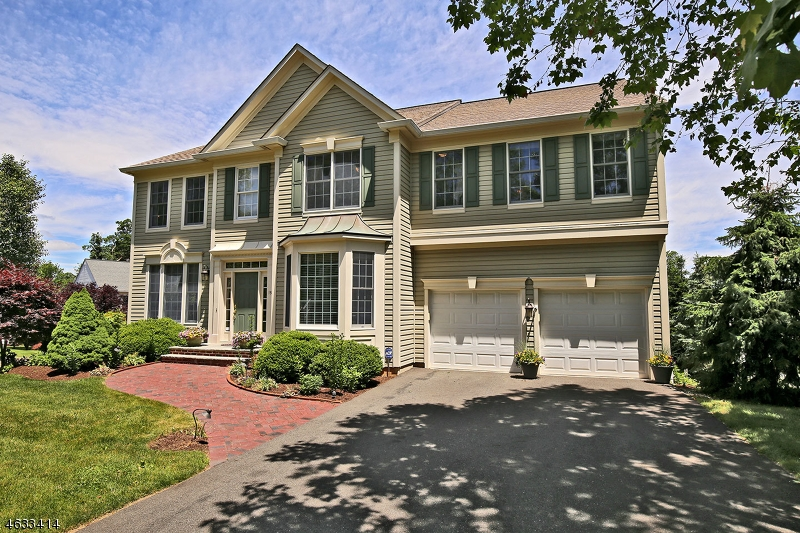 Enfamiljshus för Hyra vid 19 QUEENBERRY WAY Bernards Township, New Jersey 07920 Usa