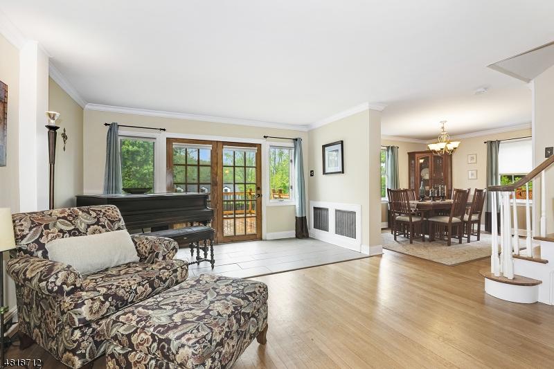 Maison unifamiliale pour l Vente à 110 Anderson Place Mine Hill, New Jersey 07803 États-Unis