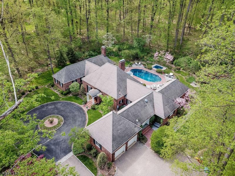 Eensgezinswoning voor Verkoop op 15 Maryknoll Drive Harding Township, New Jersey 07976 Verenigde Staten