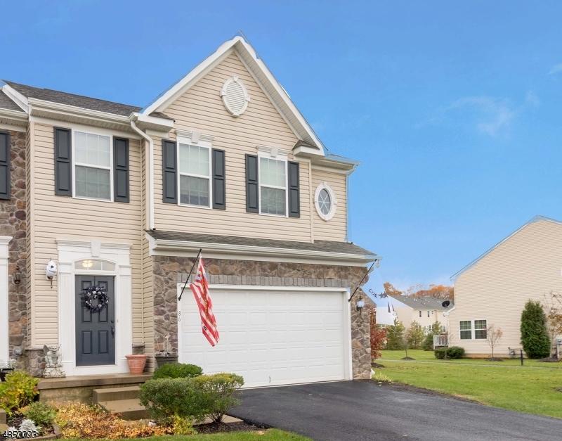 Condo / Radhus för Försäljning vid 86 WASHINGTON SQUARE Circle Washington, New Jersey 07882 Förenta staterna
