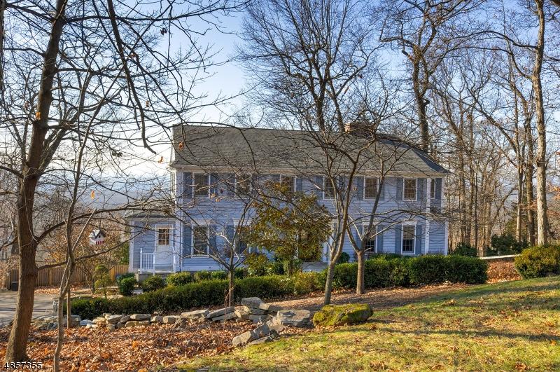 Maison unifamiliale pour l Vente à 991 CRIM Road Bridgewater, New Jersey 08807 États-Unis