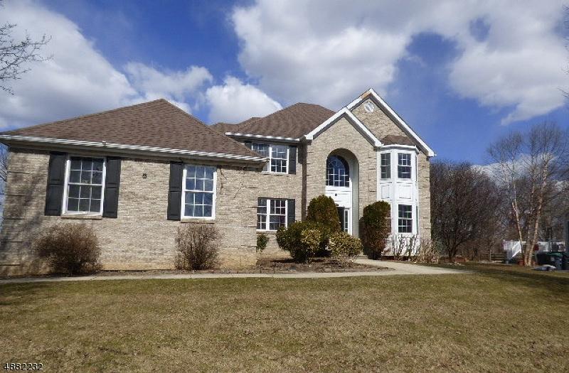 Villa per Vendita alle ore 405 MAXWELL Drive Greenwich, New Jersey 08886 Stati Uniti
