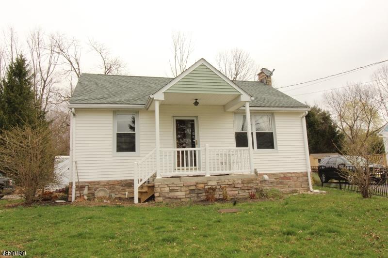 Частный односемейный дом для того Продажа на 251 COUNTY ROUTE Bloomsbury, Нью-Джерси 08804 Соединенные Штаты