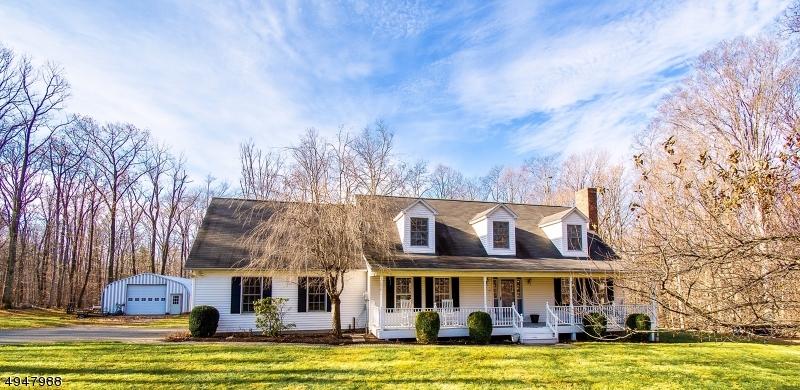 Single Family Homes 為 出售 在 Hardwick, 新澤西州 07825 美國