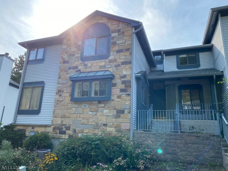 Condo / Casa geminada para Venda às Independence Township, Nova Jersey 07840 Estados Unidos