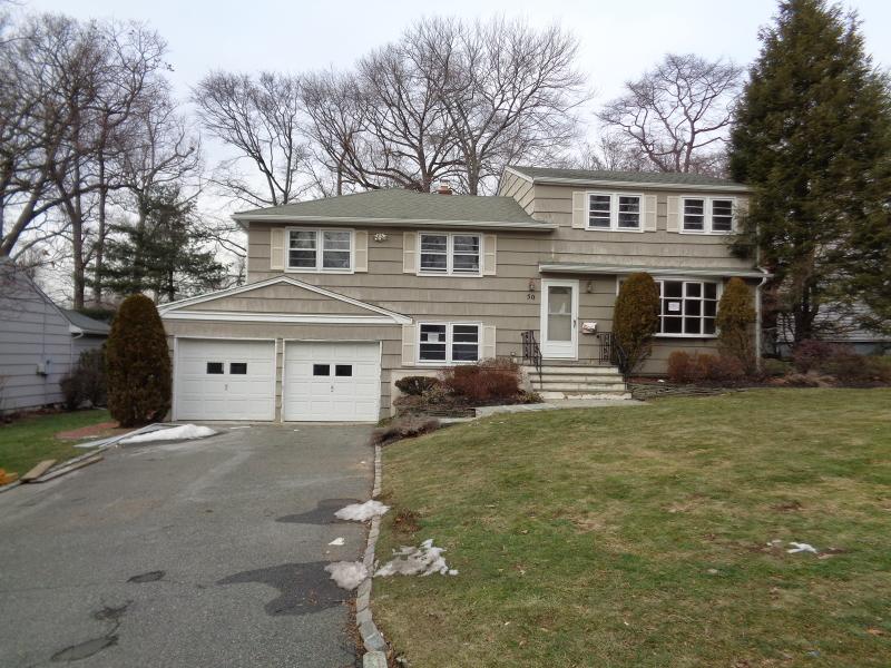 Casa Unifamiliar por un Venta en 50 MOUNTHAVEN Drive West Orange, Nueva Jersey 07052 Estados Unidos