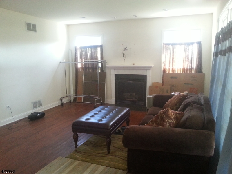 Additional photo for property listing at 1 Ziegler Place  Matawan, New Jersey 07747 United States