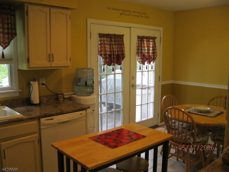 Additional photo for property listing at 10 Appleseed Road  Sussex, Nueva Jersey 07461 Estados Unidos