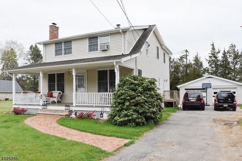 Частный односемейный дом для того Продажа на 32 Mapledale Avenue Succasunna, 07876 Соединенные Штаты