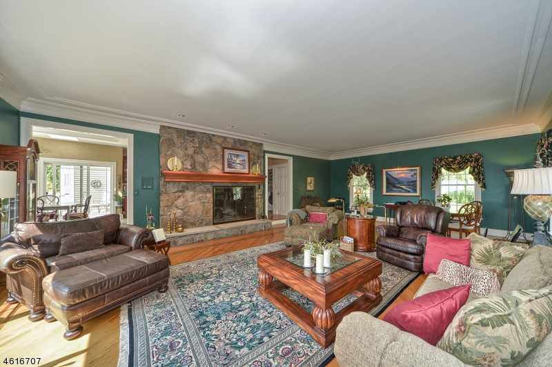 Additional photo for property listing at 189 Washington Corner Road  Bernardsville, New Jersey 07924 United States