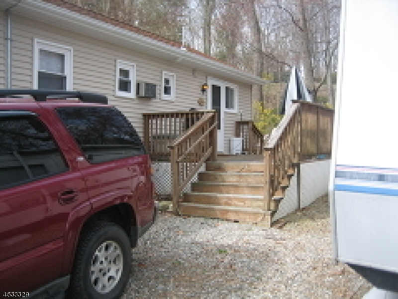 Additional photo for property listing at 4 Decker Pond Road  Vernon, New Jersey 07461 États-Unis
