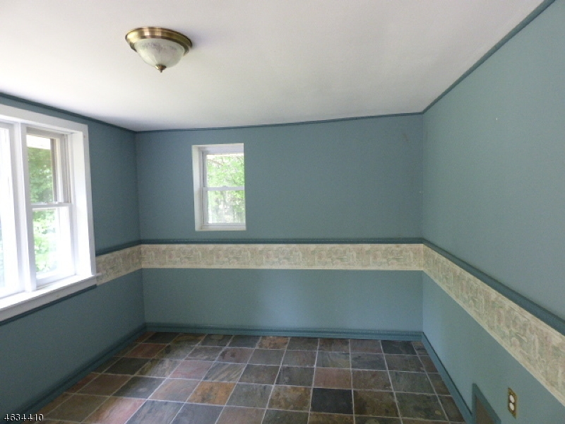 Additional photo for property listing at 6 Knollwood Drive  Newton, Nueva Jersey 07860 Estados Unidos