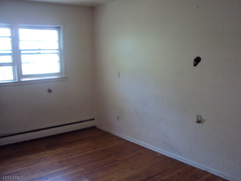 Additional photo for property listing at 78 Lincoln Place  Irvington, Nueva Jersey 07111 Estados Unidos