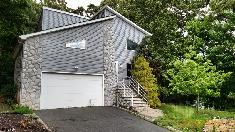 Additional photo for property listing at 23 Greenwood Avenue  Dover, Нью-Джерси 07801 Соединенные Штаты