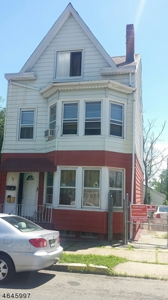 Casa Multifamiliar por un Venta en Address Not Available Paterson, Nueva Jersey 07522 Estados Unidos