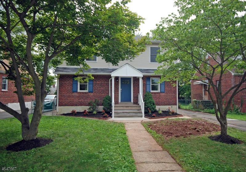 Maison unifamiliale pour l Vente à 56 N Richards Avenue Somerville, New Jersey 08876 États-Unis