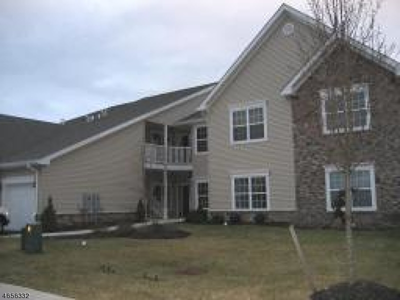 Single Family Home for Sale at 23 Pondside Drive Ledgewood, 07852 United States