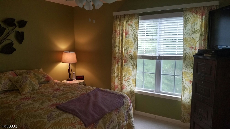 Additional photo for property listing at 23 Pondside Drive  Ledgewood, New Jersey 07852 United States