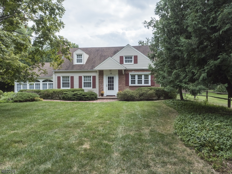 Single Family Home for Sale at 72 Overlook Road Morristown, New Jersey 07960 United States