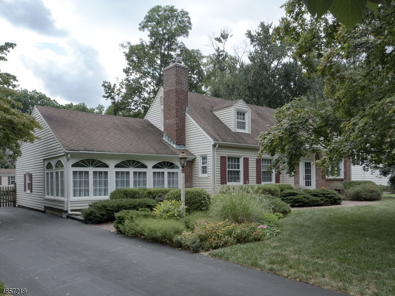 Additional photo for property listing at 72 Overlook Road  Morristown, New Jersey 07960 United States