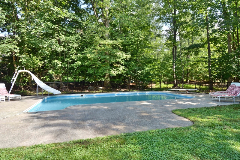 Additional photo for property listing at 4 Rambling Brook Road  Saddle River, New Jersey 07458 États-Unis