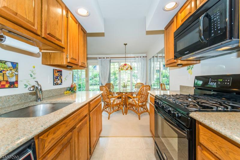 Additional photo for property listing at 182 SURREY Court  Ramsey, Nueva Jersey 07446 Estados Unidos