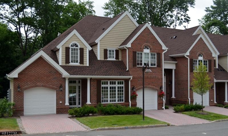 Частный односемейный дом для того Продажа на 12 Schmidt Circle Watchung, Нью-Джерси 07069 Соединенные Штаты