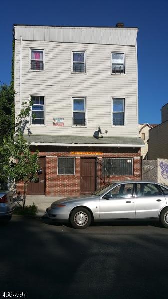Comercial por un Venta en 57 Pennsylvania Avenue Newark, Nueva Jersey 07114 Estados Unidos