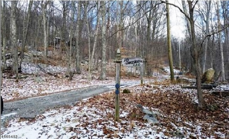 Additional photo for property listing at 18 Lakeside Avenue  Branchville, New Jersey 07826 États-Unis