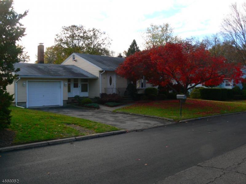 Частный односемейный дом для того Аренда на 10 Jerome Place Wayne, 07470 Соединенные Штаты