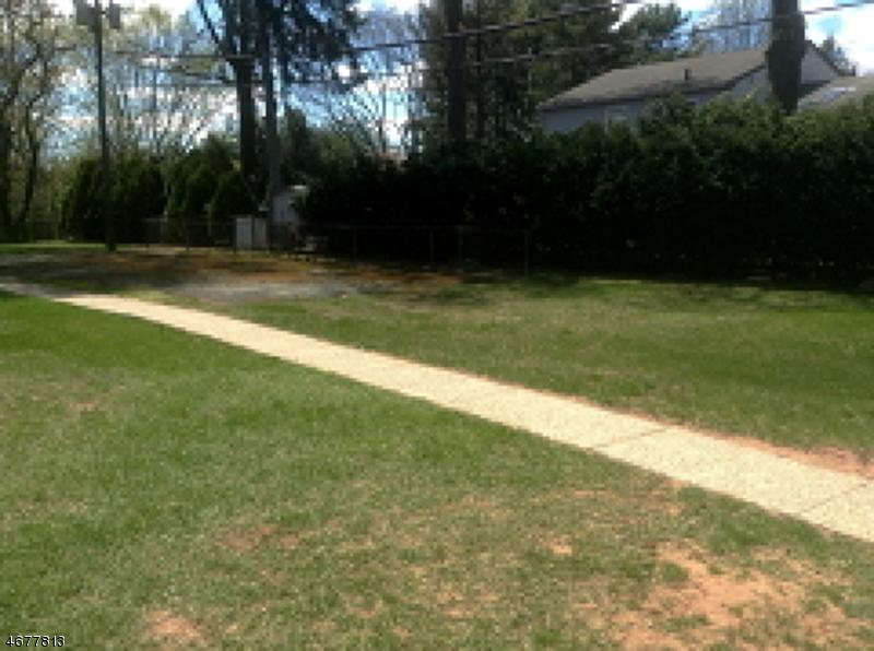 Частный односемейный дом для того Аренда на 445 Morris Ave, 8-D Springfield, 07081 Соединенные Штаты