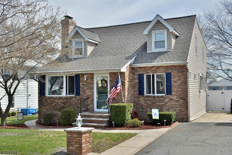 Single Family Home for Sale at 16 Bella Vista Avenue Saddle Brook, New Jersey 07663 United States
