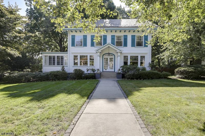 Casa Unifamiliar por un Alquiler en 234 Raymond Avenue South Orange, Nueva Jersey 07079 Estados Unidos