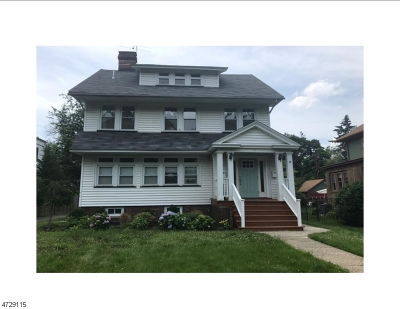 独户住宅 为 出租 在 11 EAST CLARK PLACE 南奥林奇, 新泽西州 07079 美国