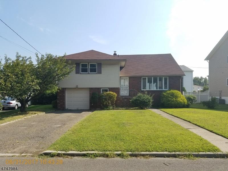 Частный односемейный дом для того Продажа на 337 Maple Street Moonachie, Нью-Джерси 07074 Соединенные Штаты