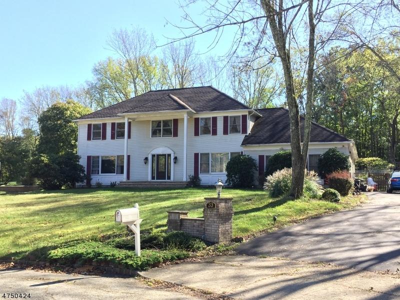 Maison unifamiliale pour l à louer à 33 Dorset Road Washington, New Jersey 07853 États-Unis